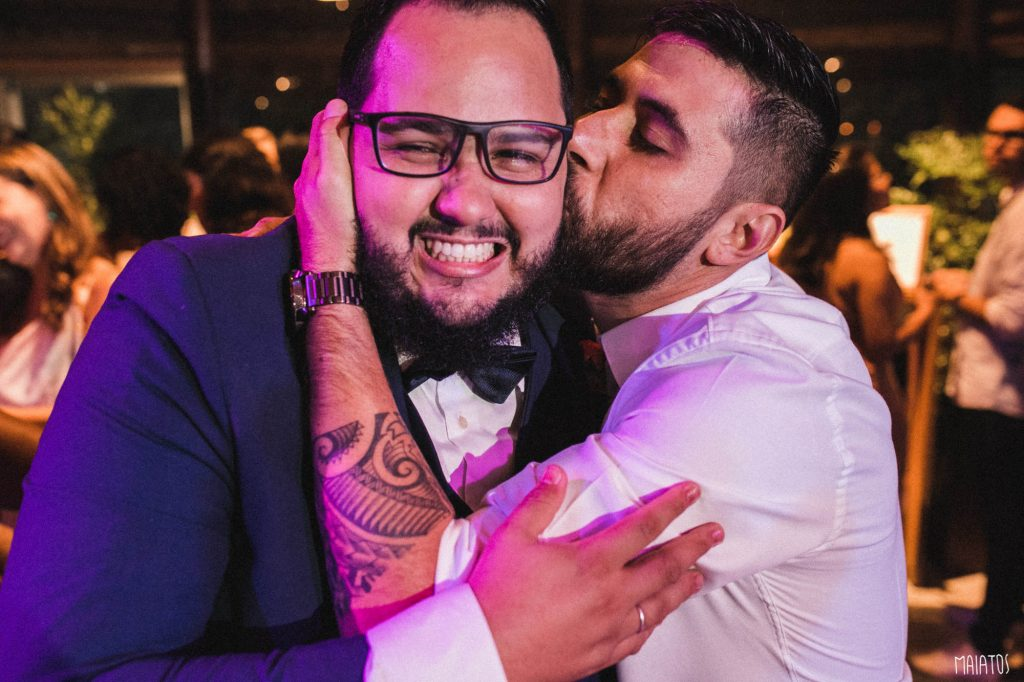 beijo no noivo