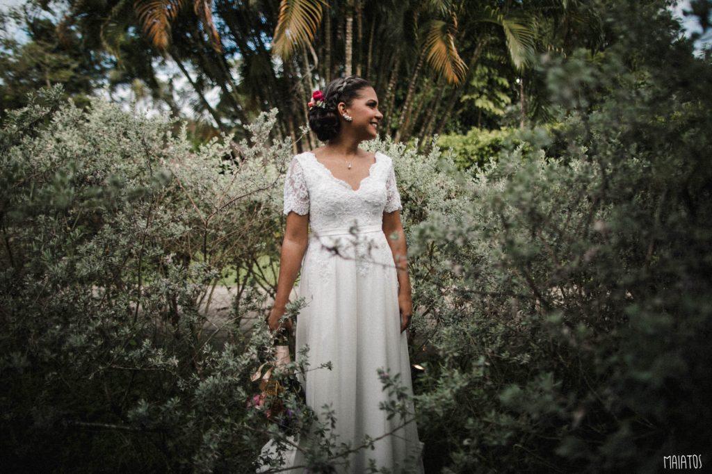 casamento ao ar livre no lajedo noiva